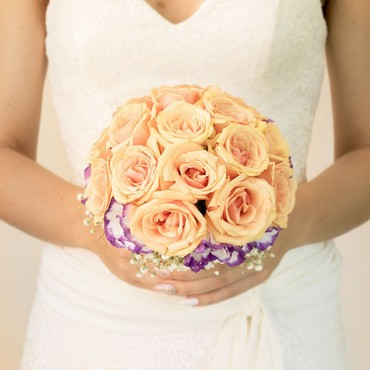 winter roses bridal bouquets