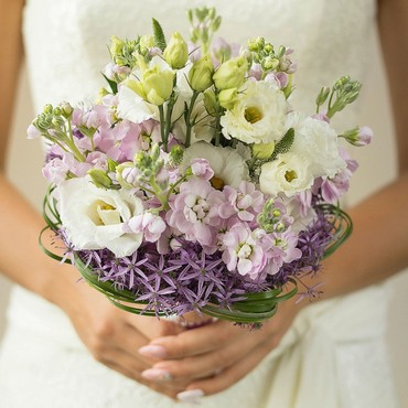 cheap DIY wedding flowers